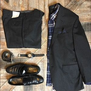 Calvin Klein NWT Charcoal Gray Pinstriped Suit